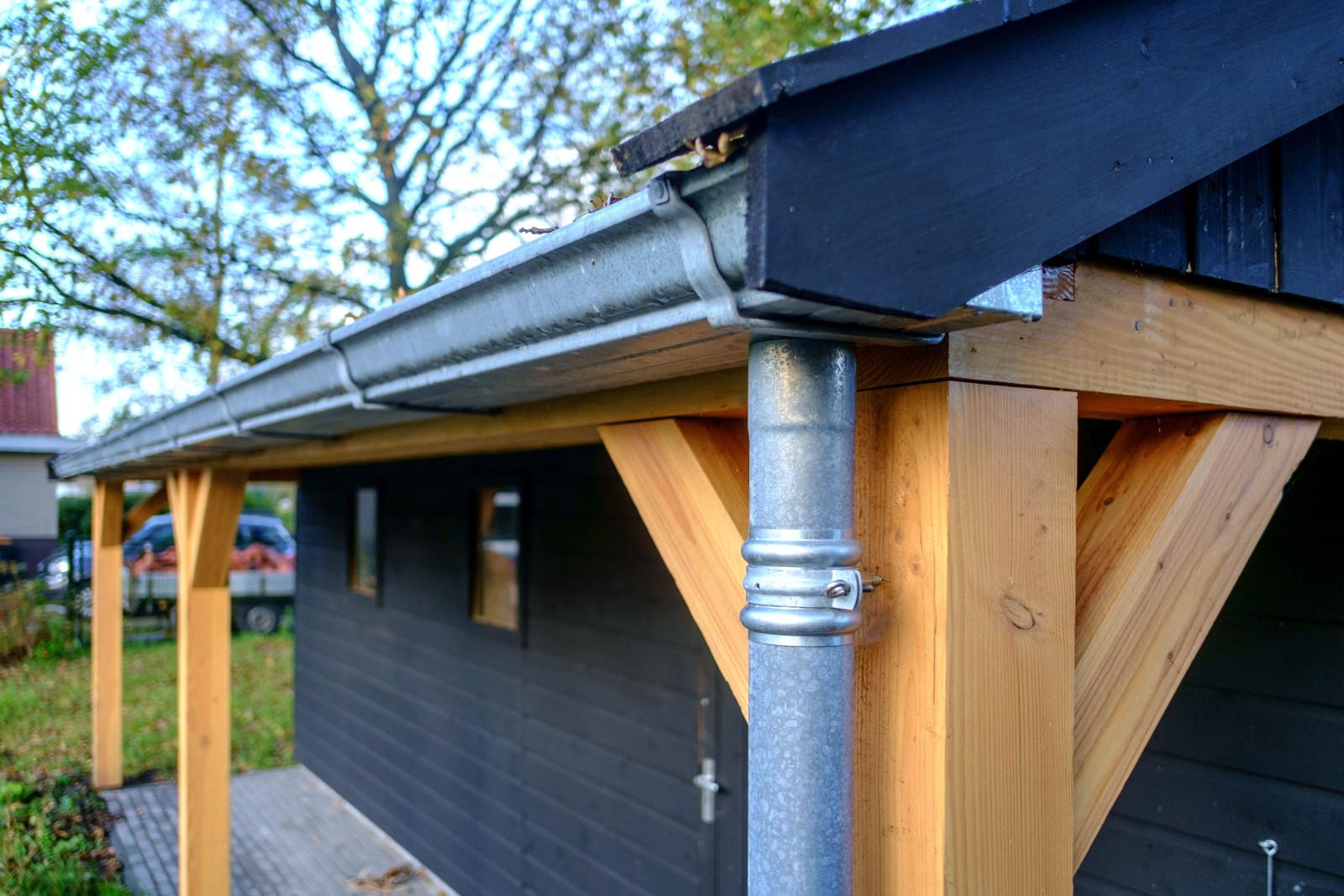 Garage Met Overkapping : Houten garage met overkapping nieuweschuur